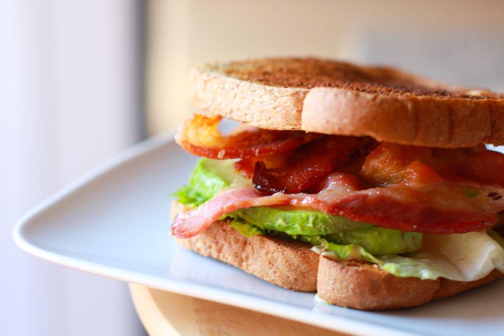 "Sandwich ""tragón"""