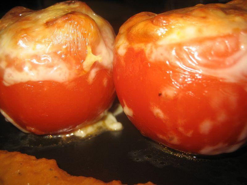 Tomates rellenos de anchoas