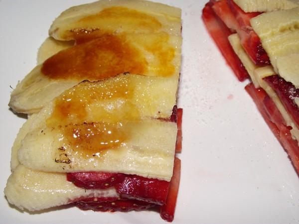 Milhojas de fresa y plátano