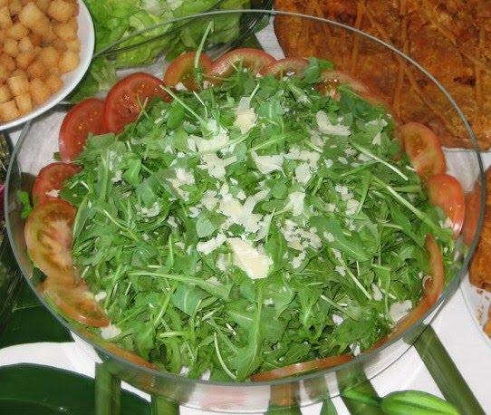 Ensalada de rúcula y parmesano