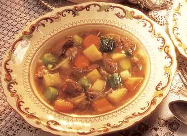 Sopa de verduras con trozos
