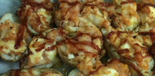 Patatas rellenas con salsa barbacoa