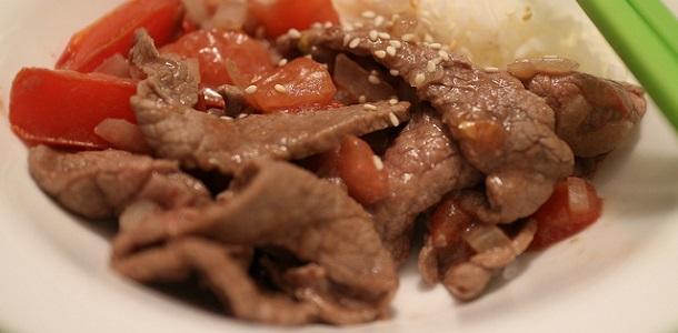Salteado de ternera y tomate