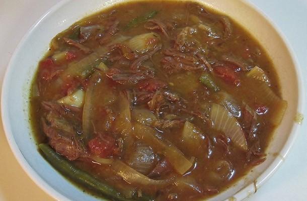 Sopa de ternera y cebolla